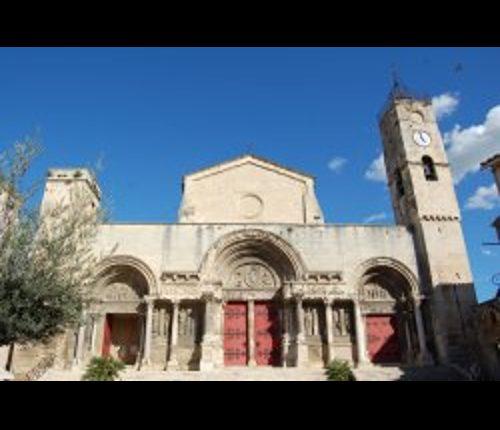 Visitez Saint -Gilles cet été !